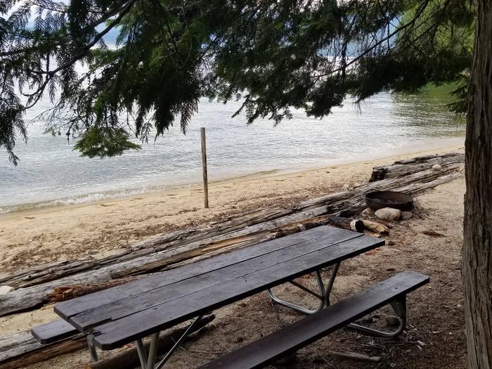North Bartoo Site #3North Bartoo Boat-in Campsite #3