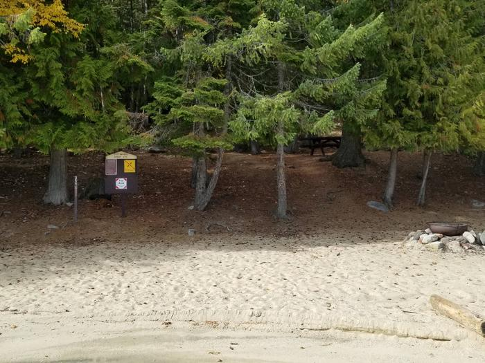 Cottonwood Site #35Cottonwood Boat-in Campsite #35