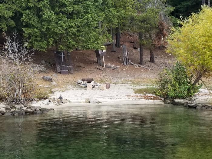 Kalispell Vista Site #52Kalispell Vista Boat-in Campsite #52