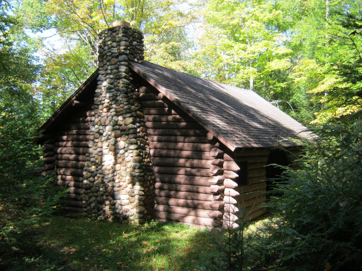 Picnic Shelter at Anvil Lake CampgroundAnvil Lake CCC era log picnic shelter