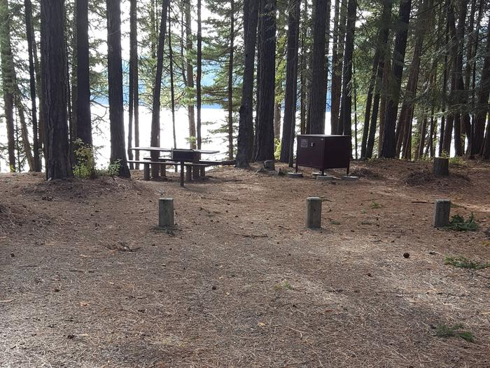 Reeder Bay Campground Site 23