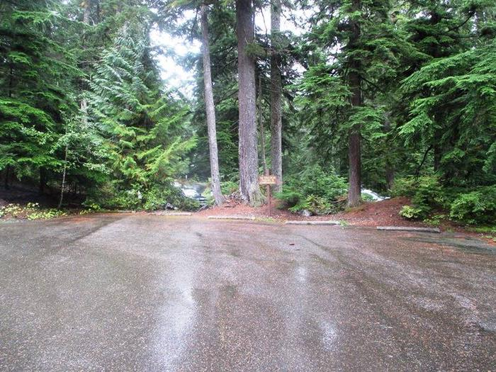 Denny Creek Campground GroupGroup Parking
