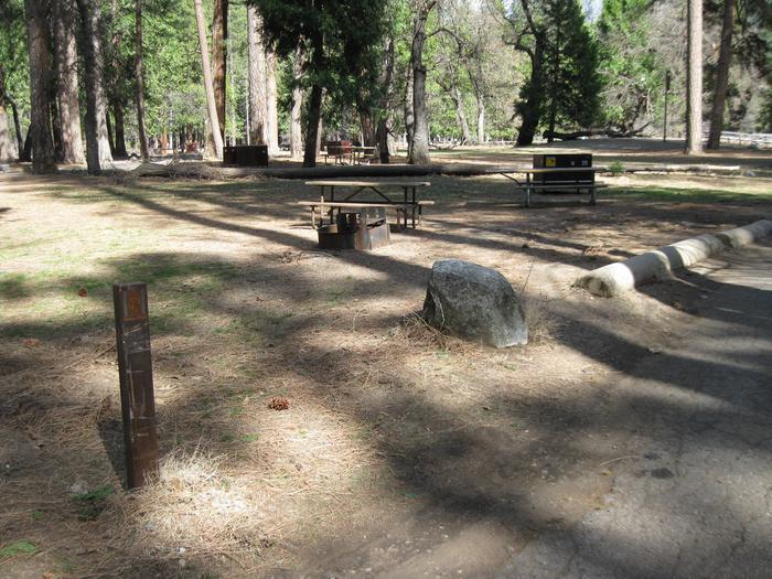 CampsiteCampsite 25.