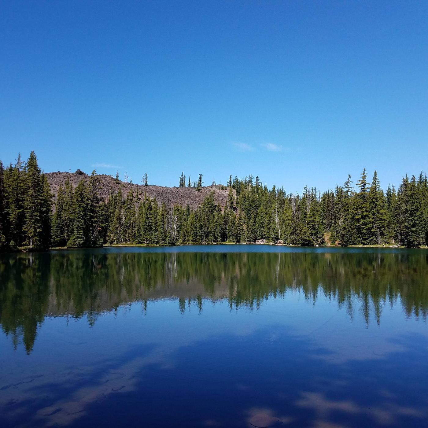 Lava Camp Lake, PCT North Mattieu Lake, South Mattieu Lake, Millican, Scott Pass, Yapoah Lake, Yapoah CraterNorth Mattieu Lake
