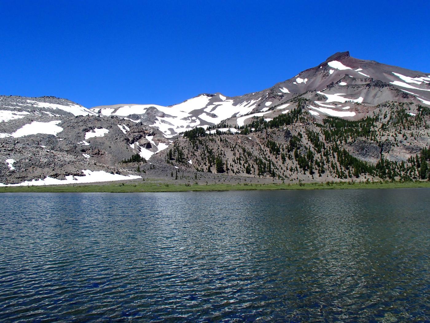 South Sister, Green Lakes, Broken Top, Fall Creek, Moraine Lake, Soda Creek, Golden LakeGreen Lakes