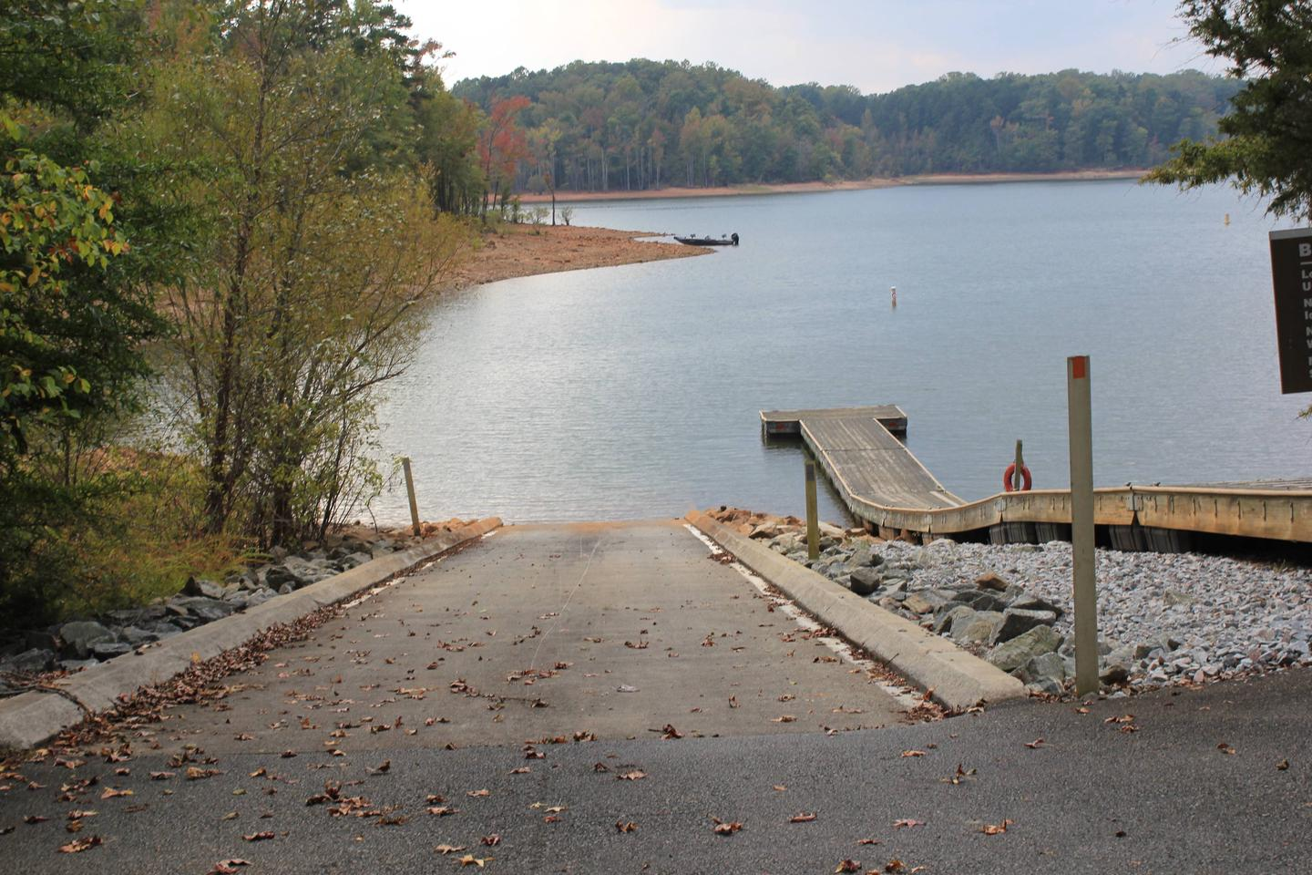 Rudd's Creek Campground Boat RampWelcome to Rudd's Creek Campground! This is a picture of the boat ramp that is located inside the campground. This boat ramp is only available to the campers to use. There is no parking for the boat ramp.