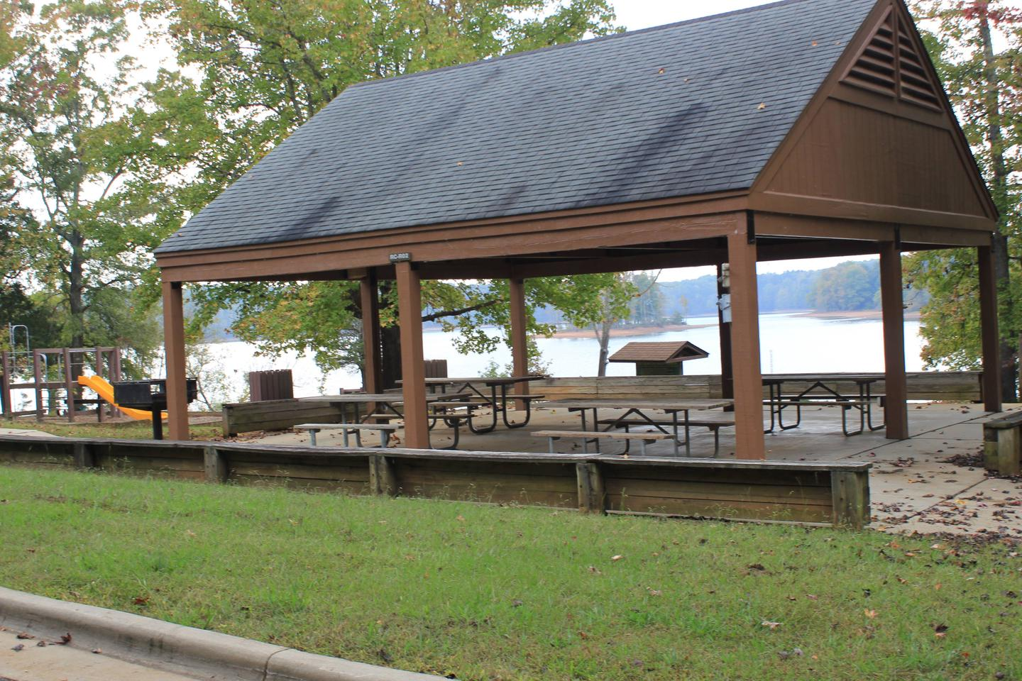 Rudd's Creek Campground ShelterWelcome to Rudd's Creek Campground! This picture is of the shelter located inside the campground. This shelter is only available to the campers. It is located near the swimming area that is inside the campground.