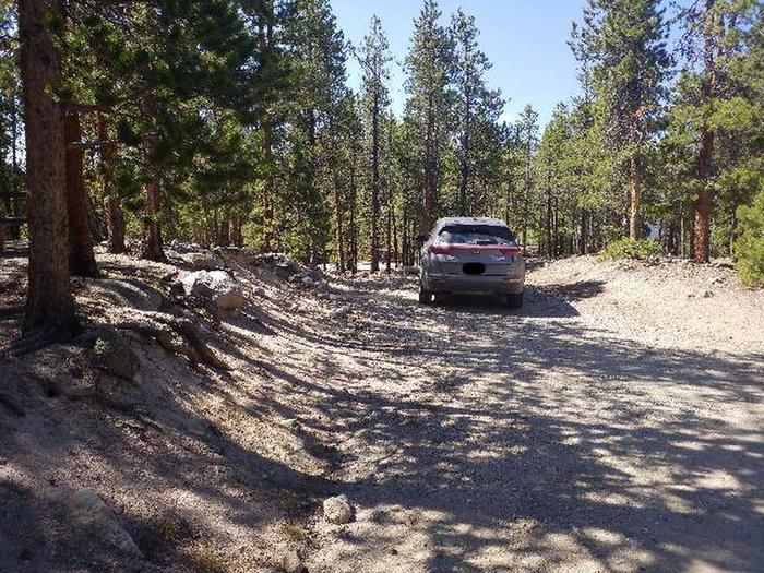 Lakeview Campground, Site A1 parking