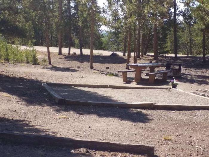 Lakeview Campground, Site A2 tent pad and table