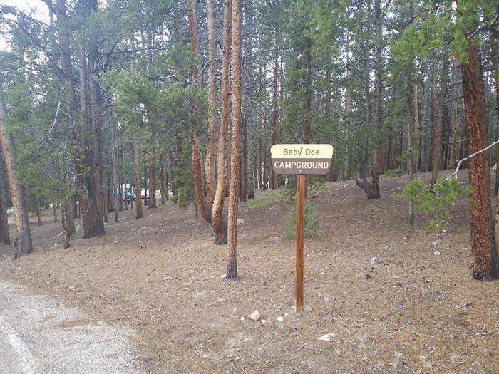 Baby Doe Campground, Entry sign