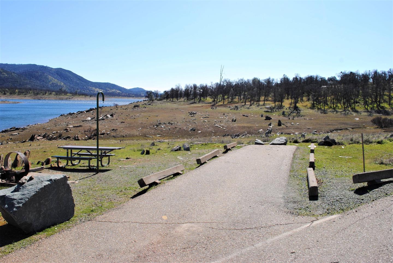 Acorn Campground Site 15 parkingSlip