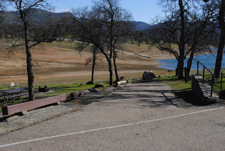 Acorn Campground Site 25 parkingSlip
