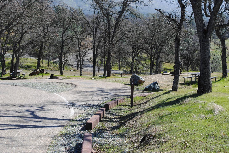 Acorn Campground Site 39Pull through