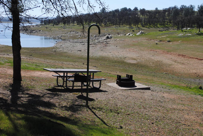 Acorn Campground Site 52 campPull through