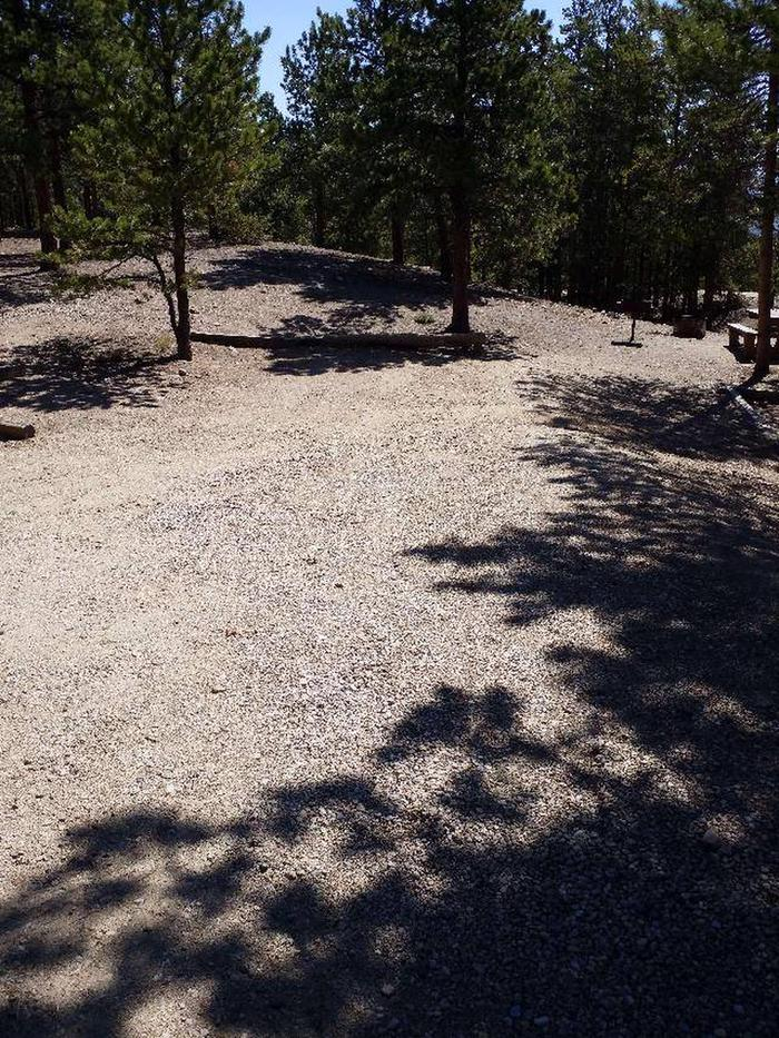 Lakeview Campground, site B2 parking
