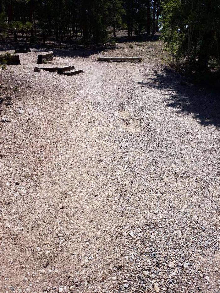 Lakeview Campground, site C1 parking