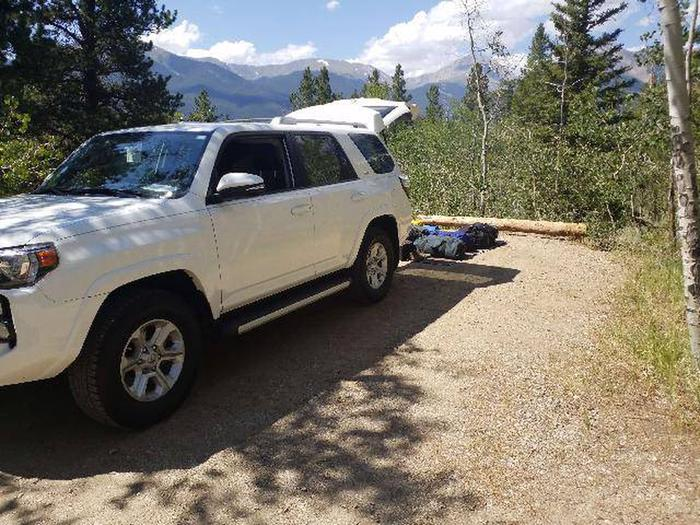 Lakeview Campground, site D5 parking