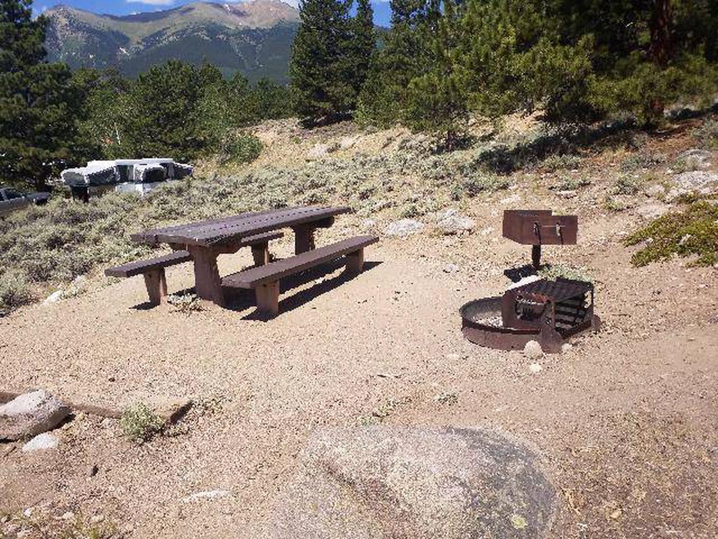 Lakeview Campground, site D7 table and grill