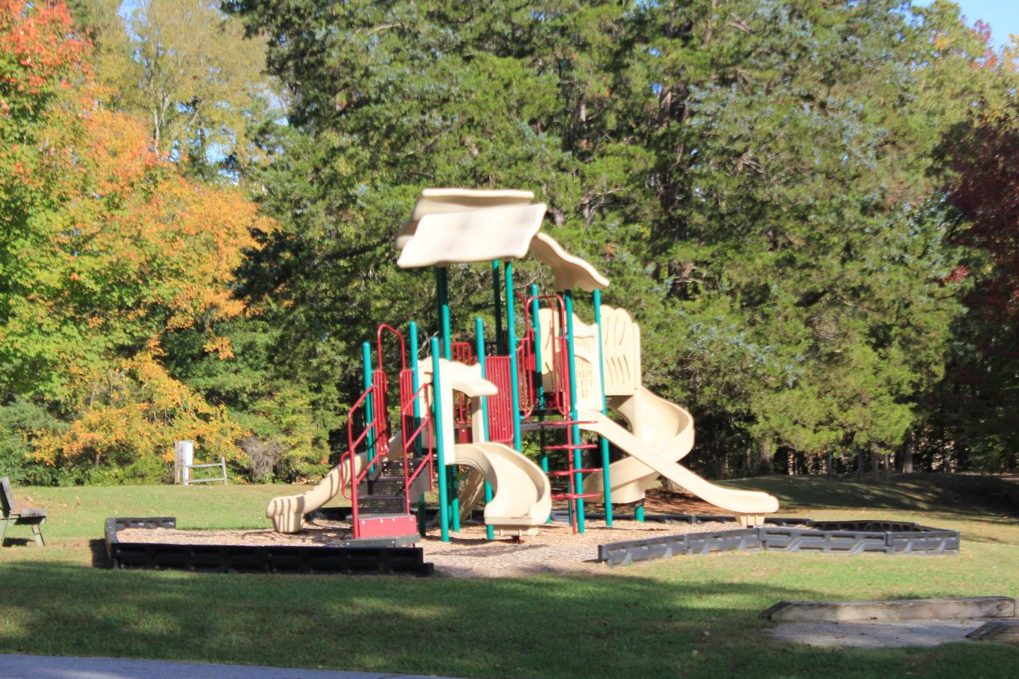 NBP Area C PlaygroundWelcome to North Bend Park! This is the playground in Area C located in North Bend Park.