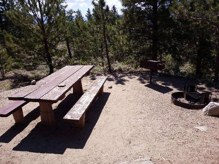 Lakeview Campground, site E1