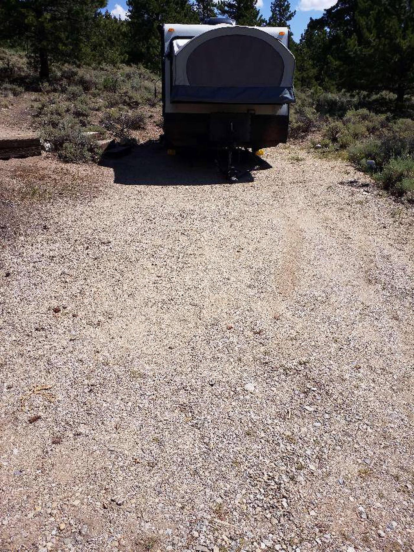 Lakeview Campground, site E2 parking