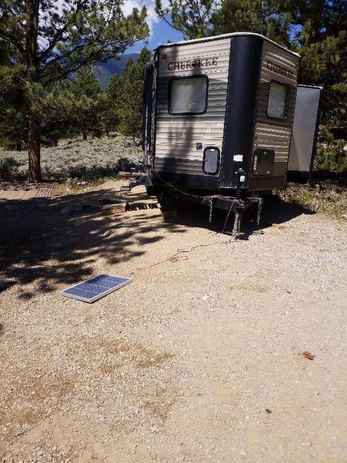 Lakeview Campground, site E6  parking