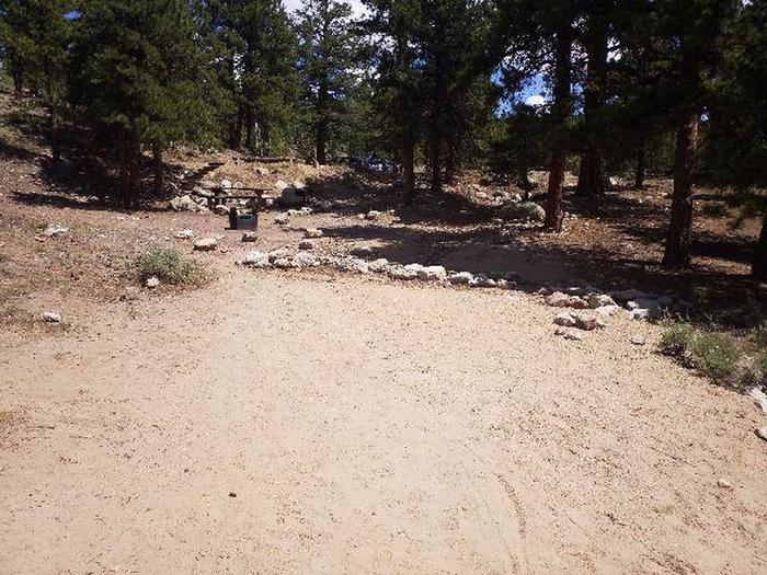 Lakeview Campground, site F6 parking 2