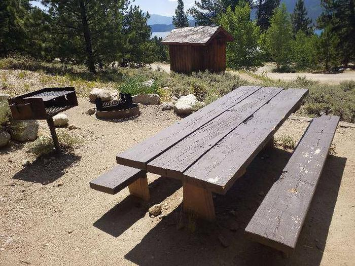 Lakeview Campground, site F4 picnic table and grill