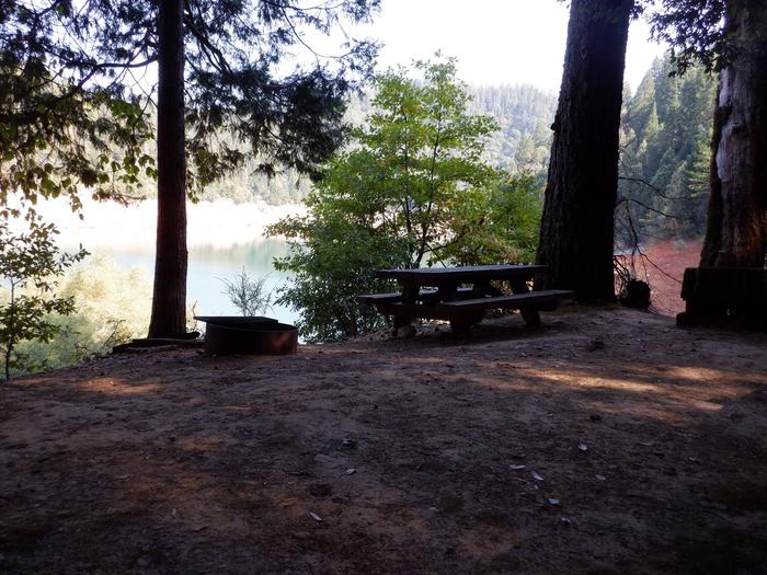 Preview photo of Madrone Cove Boat-in Campground
