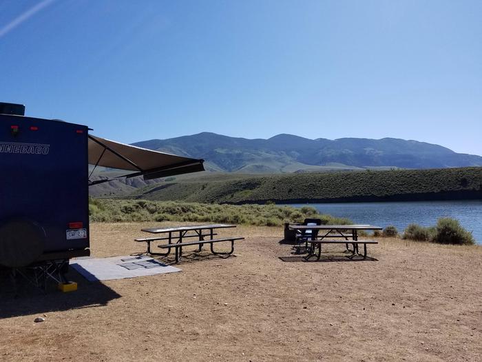 Cow Creek campground 2Cow Creek campground 1