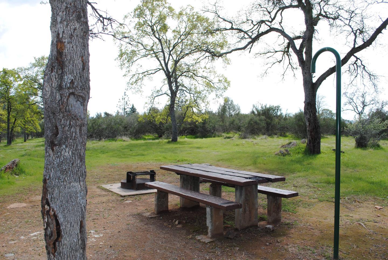 Acorn Campground Site 112 campPull through