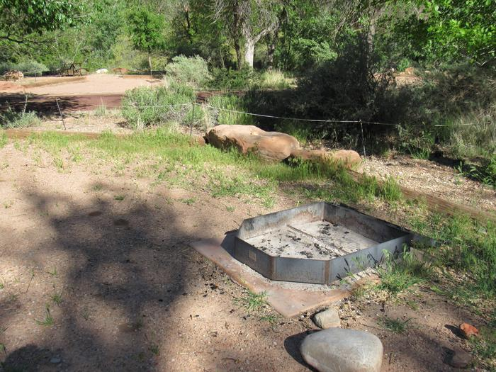 C5 camp sitefire pit