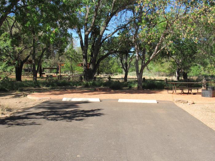 C14 site parking/area