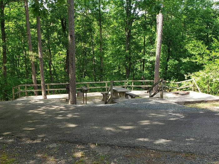 Jefferson Ridge Site 76Campsite 76