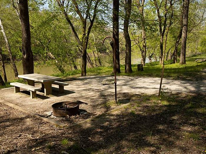 Preview photo of Houchin Ferry Campground
