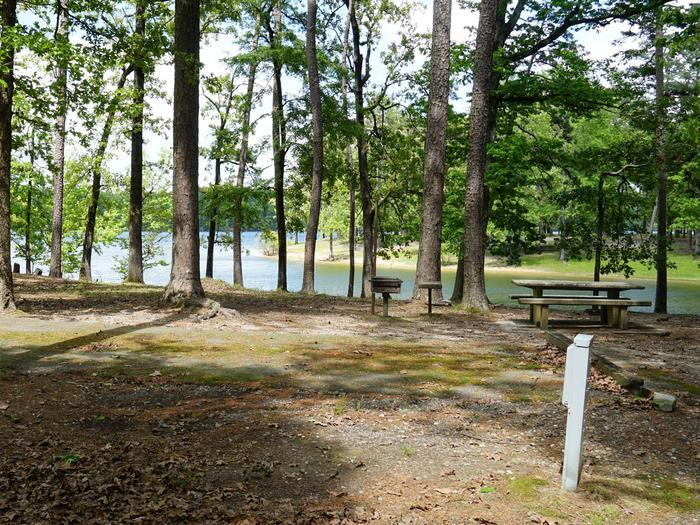 Tompkins Bend Campground, campsite # 33