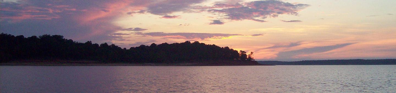 Sunset on the southern shoreline of Sardis LakeSunset at Sardis Lake