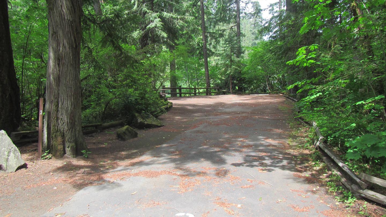 Site 396' x 10' drive