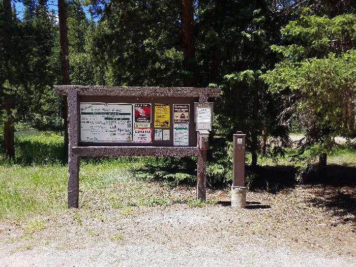 Hunter Peak Sign