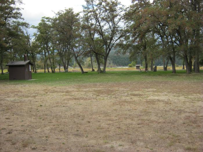 Lake Roosevelt - Locust GroveLocust Grove, Lake Roosevelt NRA