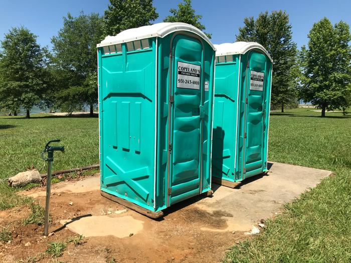 LILLYDALE CAMPGROUND SITE #103 ISLAND CAMPER TOILET AND WATER