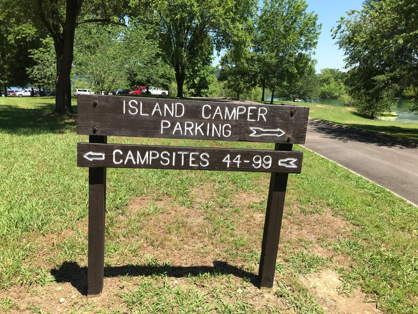 LILLYDALE CAMPGROUND SITE #105 ISLAND CAMPER DIRECTIONAL SIGN