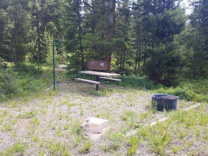 Threemile Campground Campsite 9 - Picnic Area