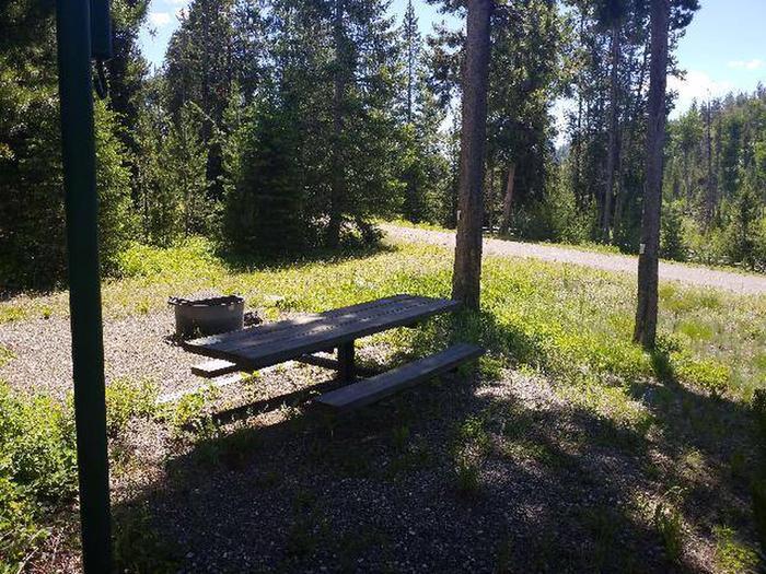Threemile Campground Campsite 14 - Picnic Area