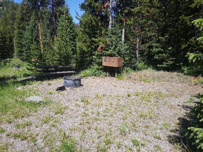 Threemile Campground Campsite 14 - Sunny Open AreaThreemile Campground Campsite 14 - Open Area