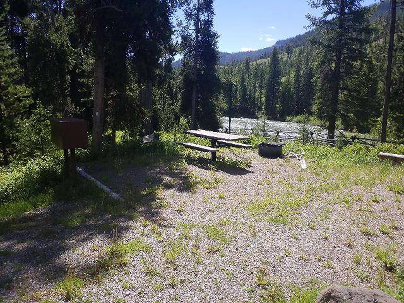 Threemile Campground Campsite 16 - Picnic Area and Rive View