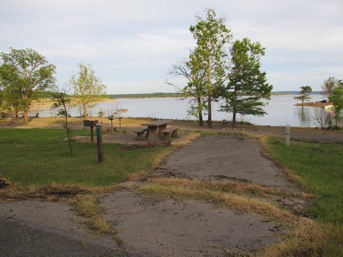 Site 20 - TFSSite 20 is a back in site with minimal shade.  It offers a great lake view with easy access to the water.