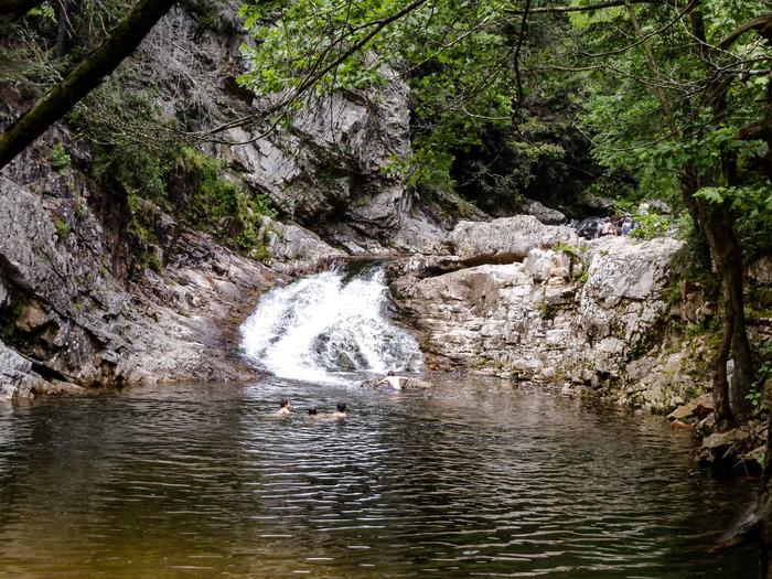 Dudley Falls