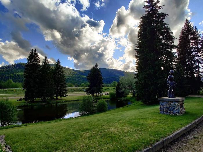 Savenac Pond