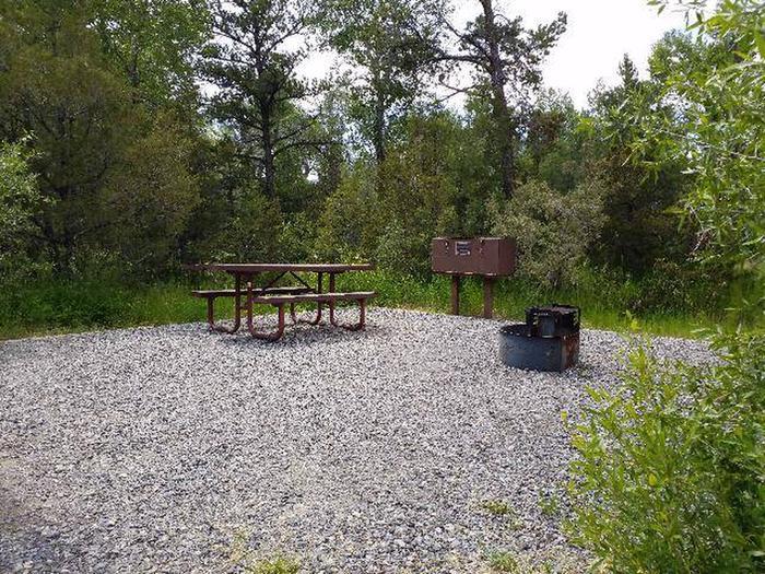Wapiti Campsite 3 - Picnic Area